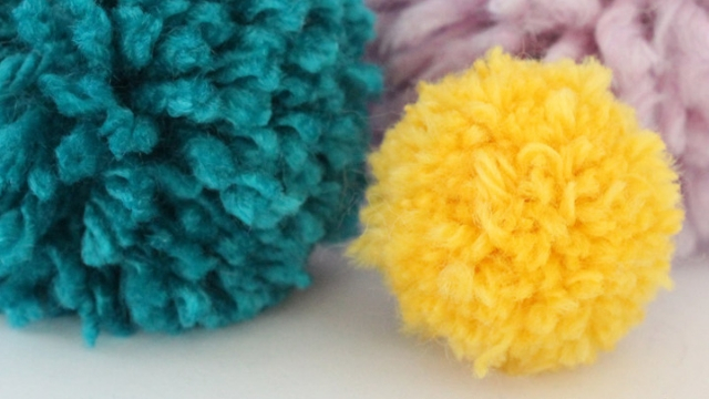 yarn pom poms diy cat toys